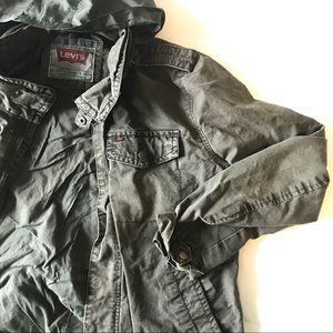 Men's Levi's olive military trucker jacket hood